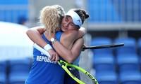 Tennis Olympic 2020: Cặp đôi số 1 thế giới dễ dàng đoạt HCV đôi nữ