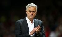 Thắng trận mở màn nhưng Jose Mourinho không vui.