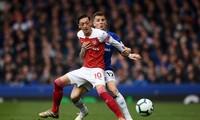 Mesut Ozil và các đồng đội có trận đấu đáng quên trước Everton