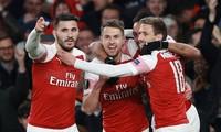 Arsenal thắng dễ Napoli với tỉ số 2-0.