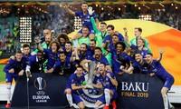 Eden Hazard tỏa sáng, Chelsea dễ dàng vô địch Europa League