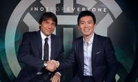 HLV Conte và chủ tịch của Inter Milan, Steven Zhang