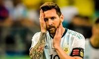 Messi cũng không cứu được Argentina