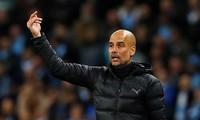 HLV Pep Guardiola không hài lòng với chiến thắng của Man City.