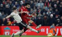 """Mo Salah ghi bàn """"kết liễu"""" M.U ở phút 90+3"""