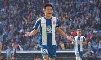 Wu Lei thường xuyên được ra sân ở Espanyol.