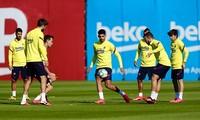 Các cầu thủ Barcelona trở lại tập luyện hồi đầu tuần.