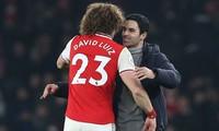 Mikel Arteta muốn Arsenal gia hạn với David Luiz.