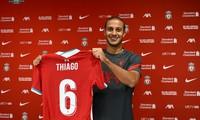 Thiago Alcantara rạng rỡ ra mắt Liverpool.