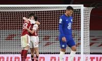 Chelsea để thua 1-3 trên sân của Arsenal