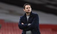 HLV Frank Lampard hứa thay đổi đội hình Chelsea sau trận thua Arsenal.