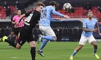 Bernardo Silva ghi 1 bàn và kiến tạo 1 bàn trong trận thắng M'gladbach