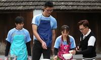 Lan Phương cùng võ sĩ cao 2m20 mang về hơn 100 triệu đồng giúp người nghèo