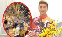 Đàm Vĩnh Hưng được fan chơi lớn tặng cây mai cao 5 mét, trị giá hàng trăm triệu đồng