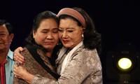 NSND Kim Cương nghẹn ngào đoàn tụ con gái nuôi sau 45 năm thất lạc