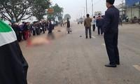 Hãi hùng hiện trường xe khách đâm chết ít nhất 7 người đi đưa tang ở Vĩnh Phúc