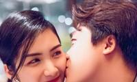 Kỉ niệm 3 năm yêu nhau, Hòa Minzy công khai gọi bạn trai là chồng sau nhiều đồn đoán