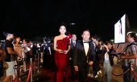 Các hoa hậu sải bước trên thảm đỏ Hoa hậu Việt Nam 2018