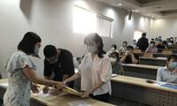 Thí sinh tham dự kỳ thi đánh giá năng lực tại TPHCM ngày 28/3