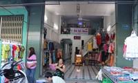 Nhiều hộ dân ở đường Trường Sa, thành phố Nha Trang chưa được cấp nước sạch Ảnh: L.H