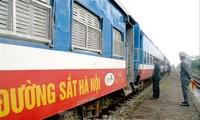 Ngành đường sắt từng đối diện với nguy cơ dừng chạy tàu vì những vướng mắc trong việc giao dự toán bảo trì đường sắt