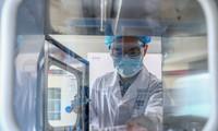 Bên trong nhà máy sản xuất vắc-xin của Sinopharm ở Bắc Kinh Ảnh: Tân Hoa Xã