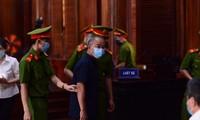 Cựu Phó Chủ tịch Thường trực UBND TPHCM Nguyễn Thành Tài tại phiên tòa. Ảnh: Tân Châu