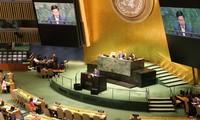 Phó Thủ tướng, Bộ trưởng Phạm Bình Minh phát biểu tại Phiên thảo luận Cấp cao Khóa họp thứ 74 Ðại hội đồng LHQ. Ảnh: TTXVN