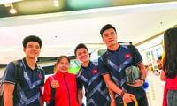 Hai ngày sau khi từ Philippines về nước, các tuyển thủ U23 Việt Nam lại lên đường chuẩn bị tham dự VCK U23 châu Á. Ảnh: N.P 