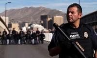 Lực lượng biên cảnh Mỹ tại biên giới Mỹ-Mexico ảnh: Reuters
