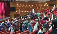 Hàng trăm du khách Trung Quốc tham dự sự kiện chưa được cấp phép ở Quảng Ninh