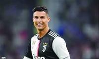 Ronaldo đồng ý giảm lương, giúp Juventusvượt khó