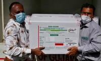 Các thùng vắc-xin AstraZeneca mà hãng dược SII sản xuất tại Ấn Độ ngày 12/1 ảnh: Reuters