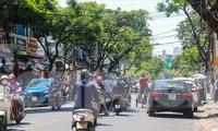 Nhịp sống của Đà Nẵng đang dần sôi động trở lại sau khi thành phố nới lỏng các biện pháp giãn cách xã hội trong phòng chống dịch bệnh Ảnh: Nguyễn Thành