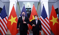 Phó Thủ tướng, Bộ trưởng Ngoại giao Phạm Bình Minh tiếp đón Ngoại trưởng Mỹ Mike Pompeo ngày 30/10Ảnh: Quang Hiếu