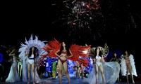 Màn trình diễn sinh động của Top 35 trong phần thi Người đẹp BiểnẢnh: Hồng Vĩnh- Như Ý
