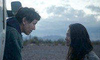 """Phim """"Nomadland"""" về người Mỹ du mục của thế kỷ 21 thắng giải Phim bi xuất sắc"""