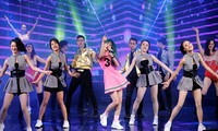 """Suất diễn """"Thank xuân 21"""" của Nhà hát Tuổi trẻ chỉ là phép đo khán giả cho kế hoạch dần trở lại. Ảnh: Kỳ Sơn"""