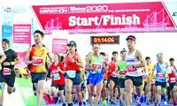 VĐV phong trào đạt thành tích cao ở giải Tiền Phong Marathon cũng có cơ hội đại diện điền kinh Việt Nam dự giải châu lục. Ảnh: Như Ý