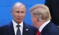 Tổng thống Nga Vladimir Putin và Tổng thống Mỹ Donald Trump tại hội nghị G20 ở Argentina. ảnh: Getty Images