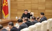 Nhà lãnh đạo Triều Tiên Kim Jong-un phát biểu tại cuộc họp mở rộng của Đảng Lao động Triều Tiên. ảnh: KCNA