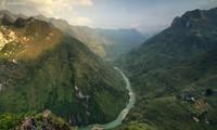 Một góc nhìn sông Nho Quế từ đèo Mã Pì Lèng Ảnh: p.v