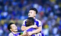 Vượt lên trên các đồng nghiệp, Quang Hải xứng đáng là ứng viên sáng giá nhất cho danh hiệu Quả bóng vàng Việt Nam năm nay ảnh: VSI