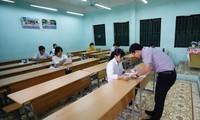 Bộ GD&ĐT đang cân nhắc hai phương án - tổ chức kỳ thi THPT quốc gia năm 2020 hoặc xét tốt nghiệp Ảnh: PV