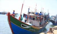 Thuyền trưởng Nguyễn Lộc may mắn về đến bờ ảnh: Nguyễn Ngọc