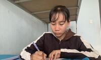 Sinh viên Đinh Thị Huệ