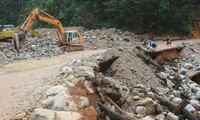 Đường sá ở Nam Trà My, Quảng Nam bị phá nát sau các trận thiên tai Ảnh: Nguyễn Thành