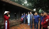 Các Gương mặt trẻ Việt Nam tiêu biểu và triển vọng năm 2019 tham quan Văn Miếu Quốc Tử Giám Ảnh: Như Ý