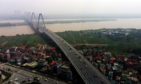 """Quy hoạch sông Hồng sẽ không """"nhồi"""" công trình hai bên sông Ảnh: Hồng Vĩnh"""