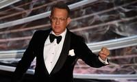 Tom Hanks tuyên bố sẽ tiêm vaccine COVID-19